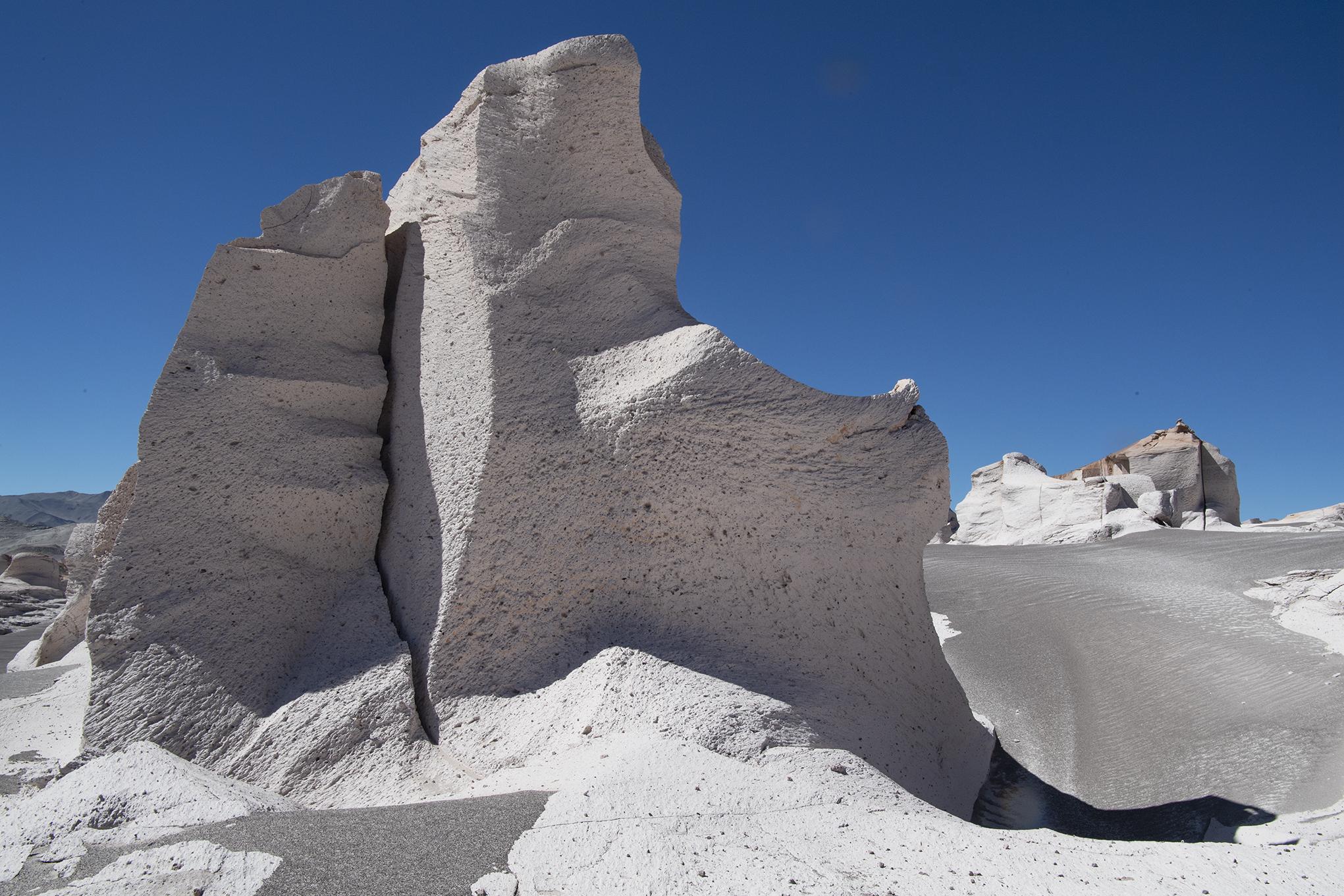 bizarre Felsformationen in den argentinischen Anden